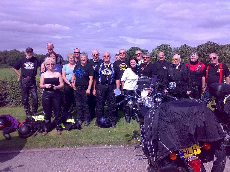 Group Photo at the Highwayman Cafe
