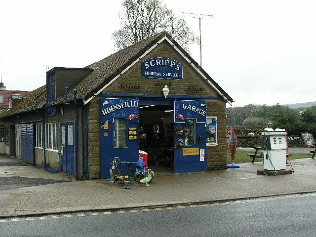 Scripps Garage in Aidensfield (Goathland really)